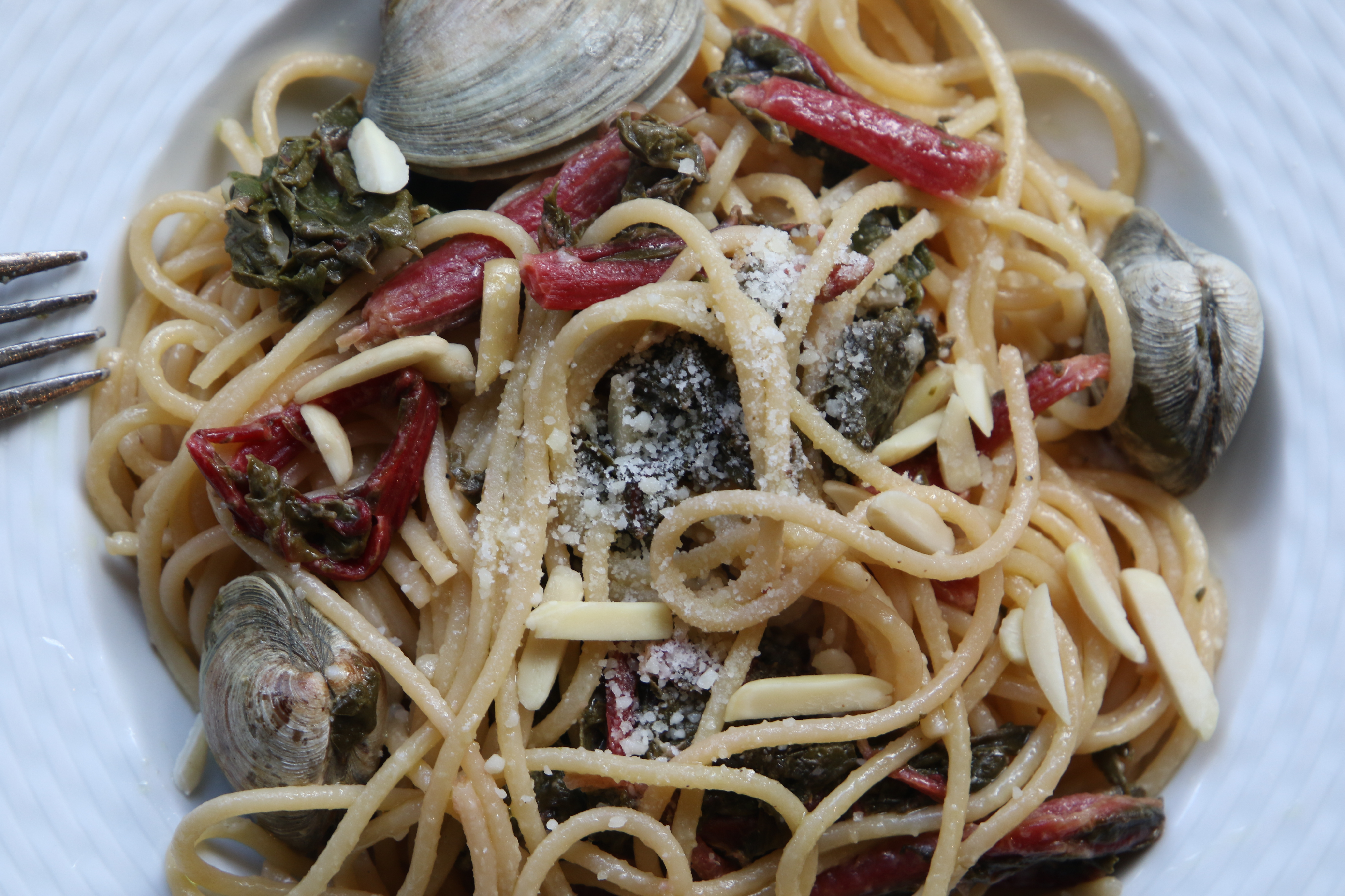 linguine clams and swiss chard pasta recipe