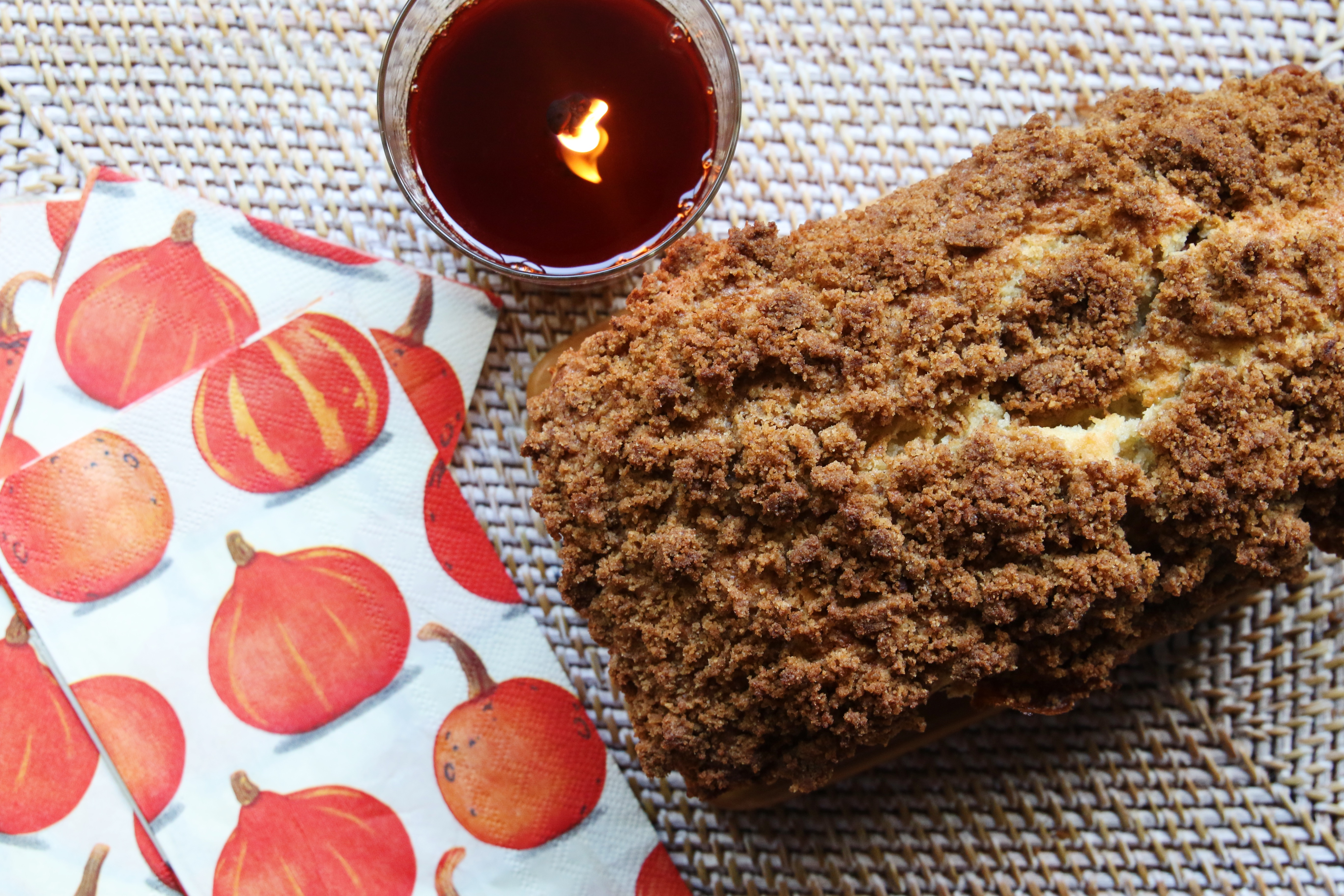 Banana Nut bread recipe with a streusel topping