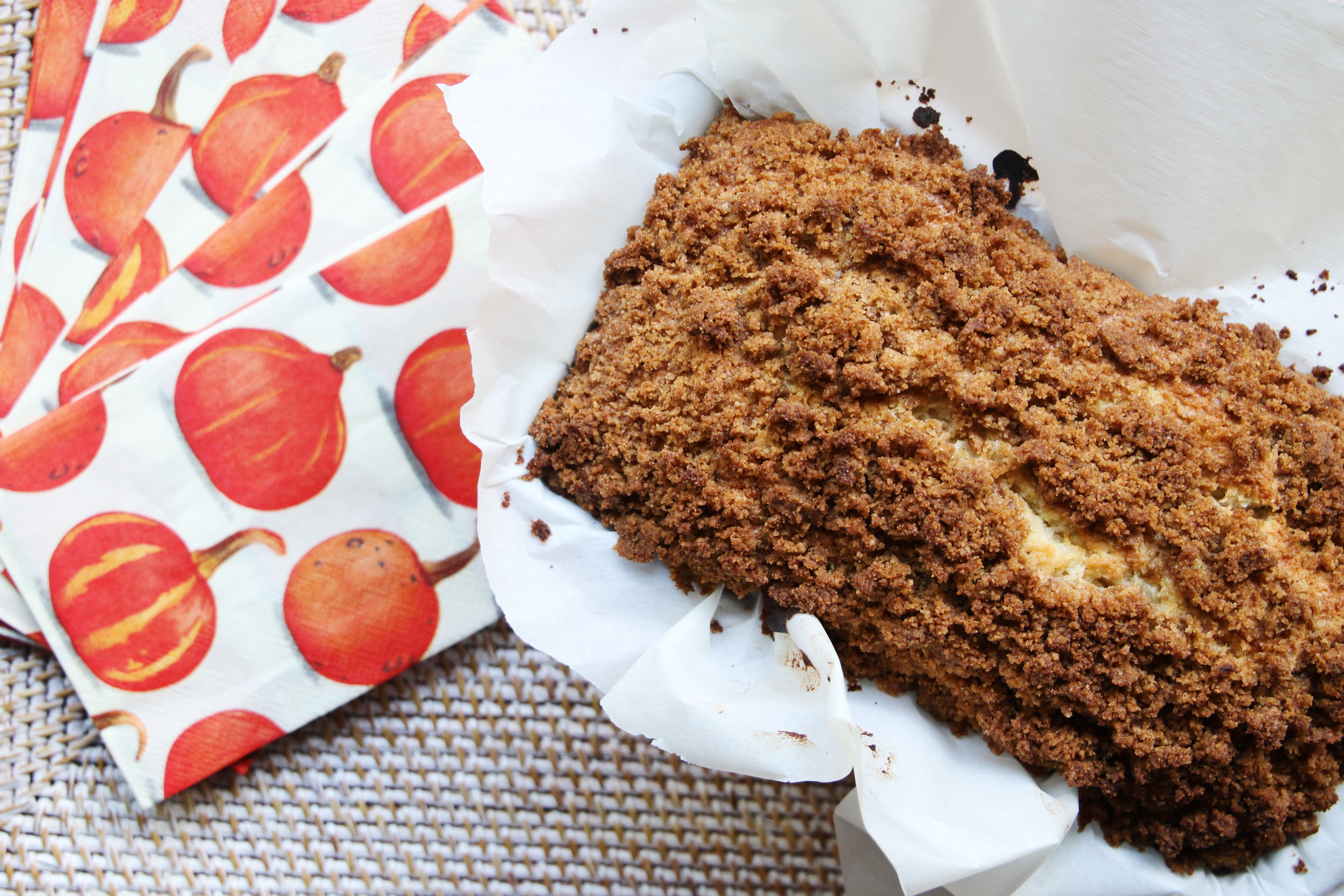Banana nut bread with streusel topping